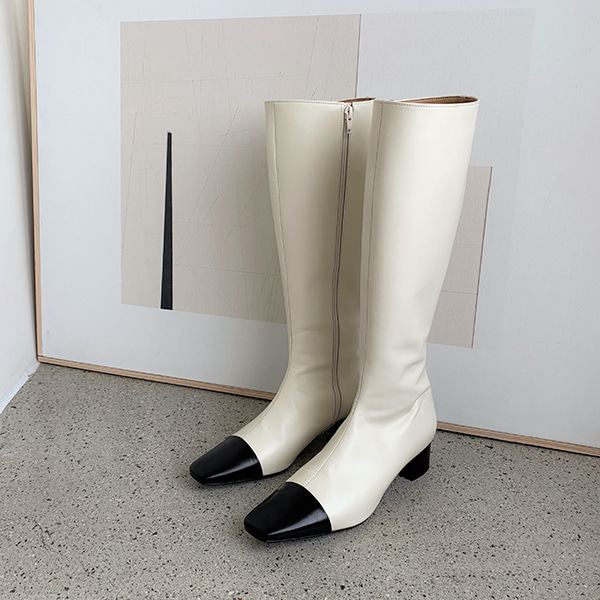 two tone-boots